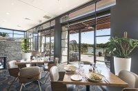 mercure-kooindah-waters-restaurant2019